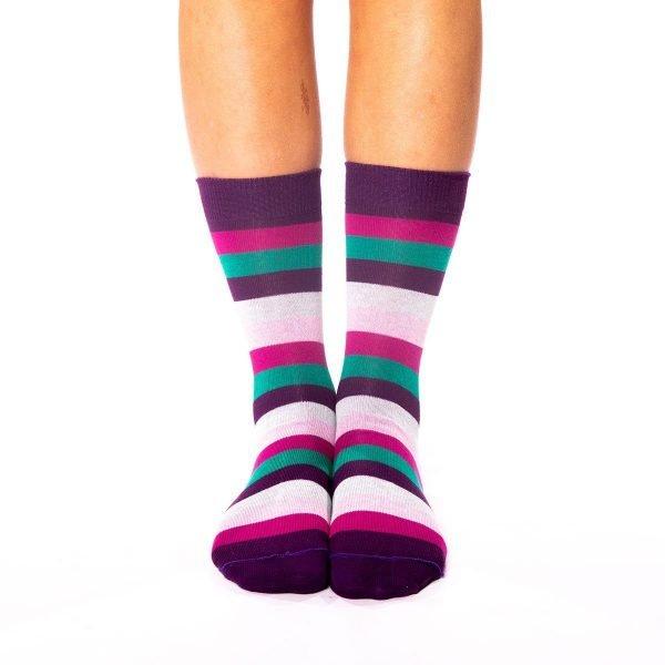 calcetines rayas de colores lilaceos kalcetines