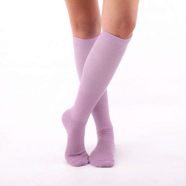 calcetines compresivos lilas kalcetin.es