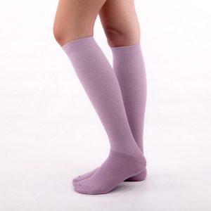 calcetines compresion lilas kalcetin.es