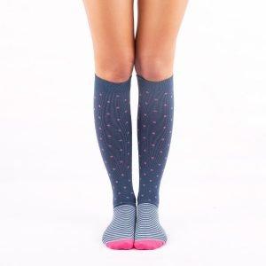 calcetines compresion puntos y rayas kalcetin