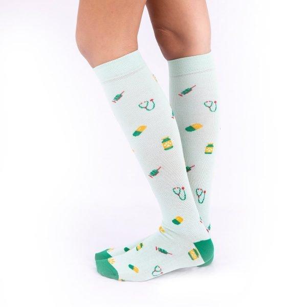 calcetines compresivos vaterinarios fondo verde kalctin.es