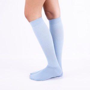 calcetines compresion azul claro lateral kalcetin