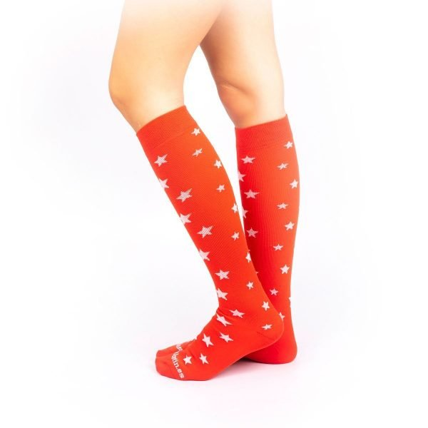 calcetines de compresion estrellas rojo lateral