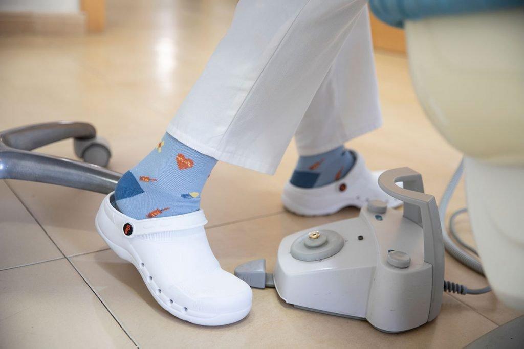 calcetines de compresión enfermera