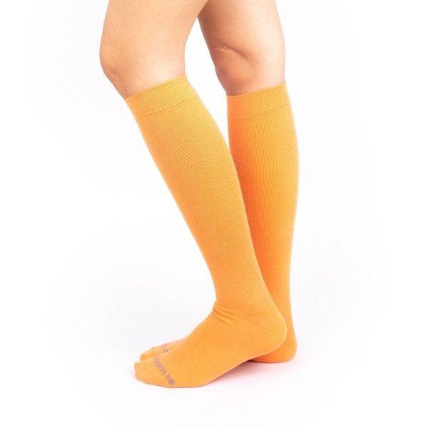 calcetines compresivos naranja color liso kalcetin.es