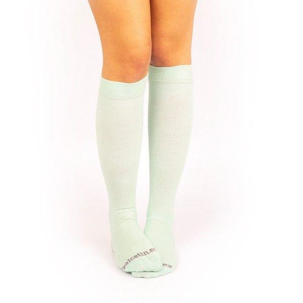 calcetines de compresión verde claro