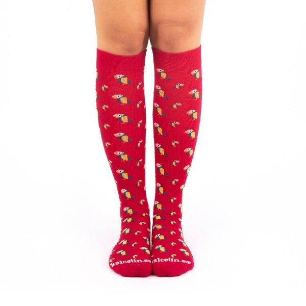 calcetines de compresión tucanes fondo rojo kalcetin.es